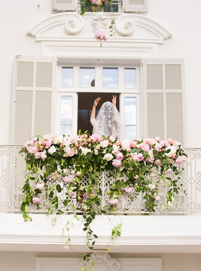 luxury-destination-wedding-saint-tropez-france-bridal-shoes-sarah-haywood-copyright-pippa-mackenzie- (14)