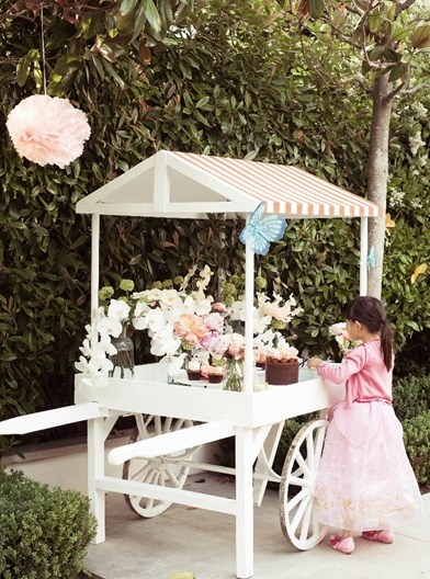 luxury kids party flowers